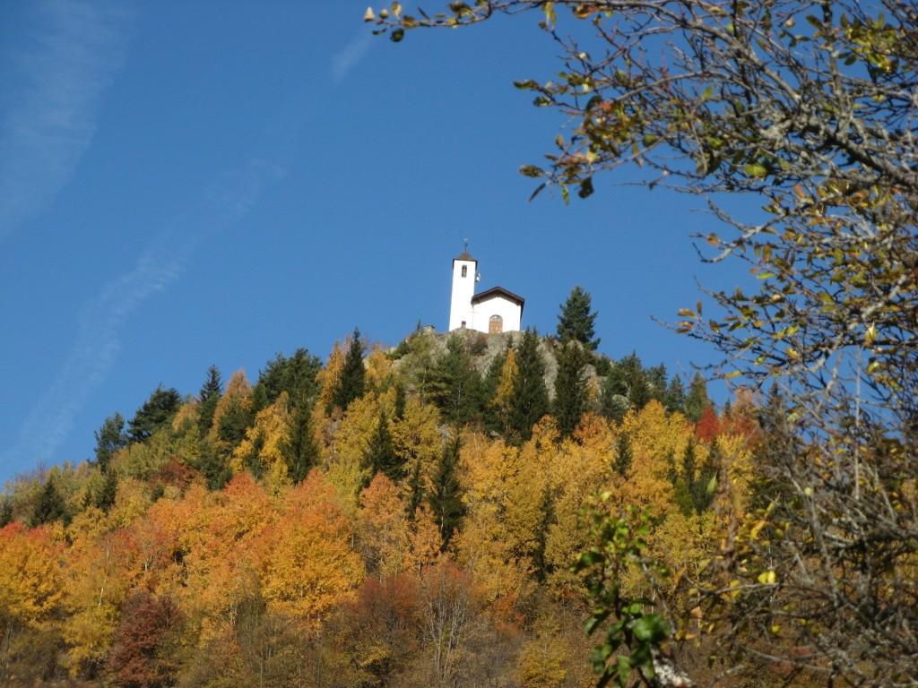 Le Mousselard - Chapelle Saint Michel automne.JPG