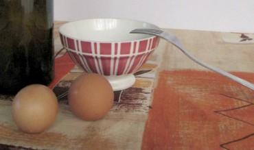 (Français) L'œuf et le vin